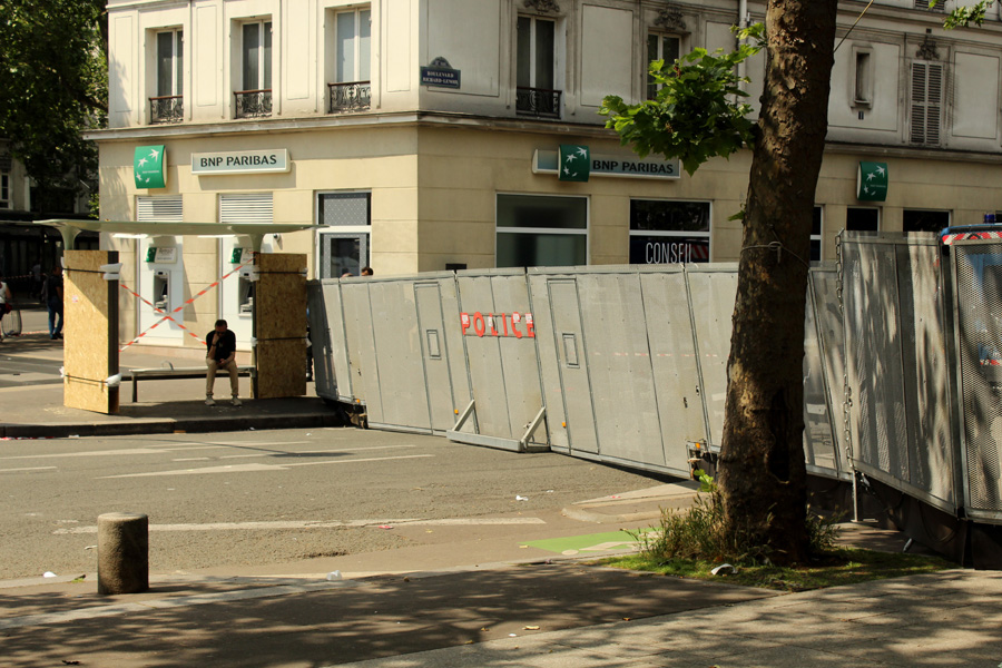 Police chekpoints Paris - Photo by Leopold Lambert (6)